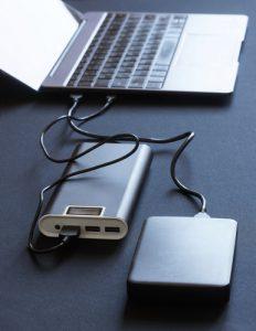 Alimentatore hard disk esterno